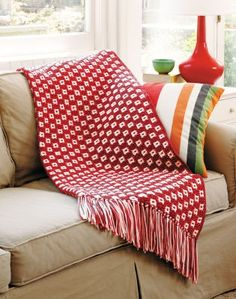 Red and White Checked Afghan - Crochet - Free Pattern