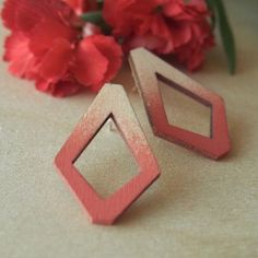 TRIA stud earrings Gradient in delicious shades of coral. The height c. 35 mm inches) and the width c. 22 mm inches) at widest. Free Silver, Minimalist Design, Plywood, Sustainable Fashion, Birch, Hue, In The Heights, Jewelry Collection, Studs