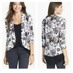 Nordstrom floral blazer Worn once  Junior's sizing so it's the same as an 8 in women's  Lightweight drapey crepe material 100% viscose Unlined Bcnu Jackets & Coats Blazers