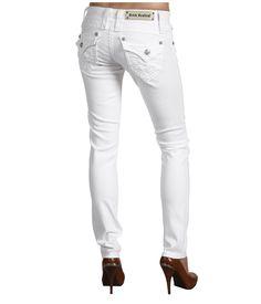 White skinny jeans!   Wish I was skinny enough to wear them.