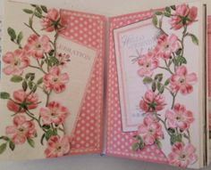 Graphic 45 Botanical Tea mini album . The pages can be taken out and used for a photo display - Anne Rostad
