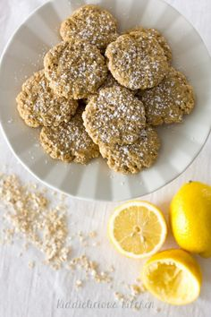 These lemon honey oatmeal cookies are soft, chewy and fresh as the spring. They are a perfect healthy Easter treat for the whole family.