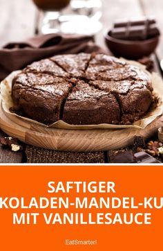 Saftiger Schokoladen-Mandel-Kuchen mit Vanillesauce | eatsmarter.de