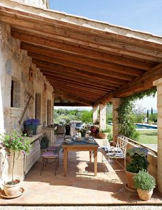 perfect patio ideas for your outdoor living room page 17 Outdoor Rooms, Outdoor Gardens, Outdoor Living, Indoor Outdoor, Beautiful Gardens, Beautiful Homes, Yellow Houses, Spanish House, Stone Houses