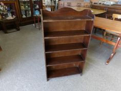 Bookcase / Storage Shelves In The Recycled Goods Factory Showroom ---- H - 106cm W - 61cm W - 18cm Good Condition £45 (PC790)