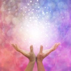 Recipient should if possible meditate or be in a quiet space whilst healing takes place. Reiki healing benefits physical, mental and emotional health. Kundalini Reiki, Chakras, Healing Images, Reiki Therapy, Healing Light, Reiki Symbols, Usui, Healing Hands, Spirituality