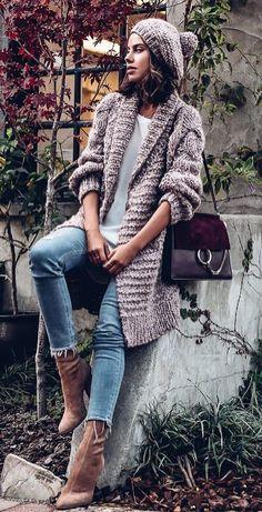 fall fashion inspiration: long knit cardigan + jeans