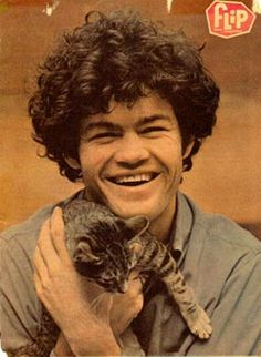 I love Micky Dolenz! Yay for the Monkees!