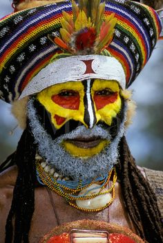 Papua New Guinea | Man at the Mt. Hagen Cultural Show, Western Highlands Province | ©Mark Johnson