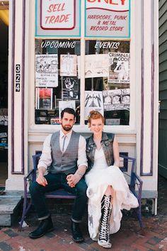vintage vinyl, denim, donuts and punk-chic style Punk Wedding Dresses, Punk Rock Wedding, Rockabilly Wedding, Star Wedding, Dream Wedding, Lgbt Wedding, Summer Wedding, Rocker Wedding, Punk Chic