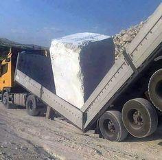 Megalithic stone vs Flatbed