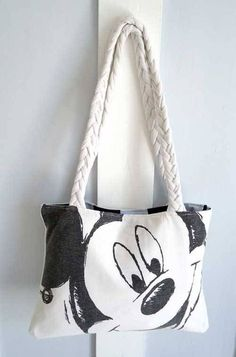 Free Bag Pattern and Tutorial - Upcycled Tshirt Bag