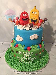 larva themed cake
