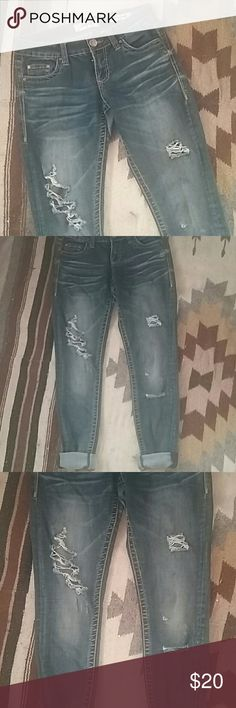 distressed skinnies from buckle The perfect pair of dark distressed skinny jeans! Just a bit too big for me. Stretchy material but good quality and arent skin tight. So comfy and go with everything! Buckle Jeans Skinny