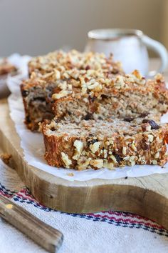 Paleo Carrot Cake Banana Bread - grain-free, naturally sweetened banana bread with a carrot cake twist! Healthy, easy, delicious!