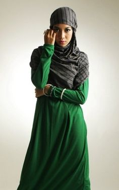 Green jilbab. I love green, especially this color green. Love the contrast of the gray pinstripe hijab too.