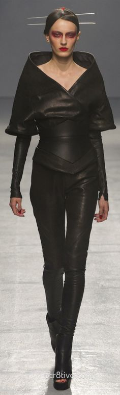 #Gareth Pugh Spring Summer 2013 Ready To Wear Collection #Trend Leather
