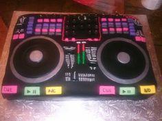 DJ mixing console cake