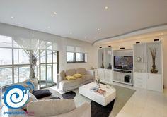 O apartamento que a Andrea está vendendo no #Tatuapé é incrível: são 309m² de pura sofisticação. O imóvel conta com 3 quartos, 5 vagas de garagem, sauna interna com vestiário, piscina aquecida com cascata e mais.