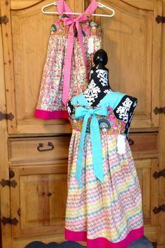 Knot Dress, Zipper Bags, Travel Bags, Cosmetic Bag, Sewing Projects, Summer Dresses, Etsy, Shopping, Fashion