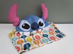 My custom stich hood made for my tula from OobieBean&dolly. I'm soooo in love