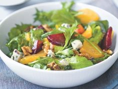 Barry's Orange Zest Summer Salad http://www.prevention.com/food/cook/20-low-calorie-salads-that-wont-leave-you-hungry/slide/8