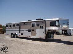 Living Quarter Horse Trailer - 2013 Lakota 4 Horse Trailer - EquineRV.com