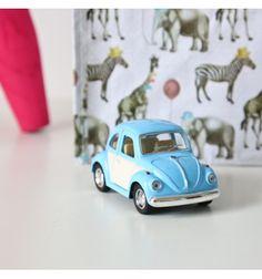 explore voitures bleues