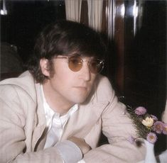 It's a home for rare and hard to find Beatles and Paul McCartney photos and memorabilia. Paul, Paul and more Paul! John Lennon, Beatles One, Beatles Photos, George Martin, Dear John, John John, Twist And Shout, Lonely Heart, Ringo Starr