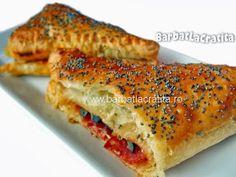 Trigoane cu măsline şi caşcaval Ham, Cake Recipes, Sandwiches, Food And Drink, Food Cakes, Gourmet, Fine Dining, Cakes, Easy Cake Recipes