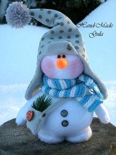 Юлия Гула Sock Snowman, Cute Snowman, Snowman Crafts, Christmas Makes, Christmas Snowman, Christmas Time, Felt Ornaments, Holiday Ornaments, Holiday Crafts