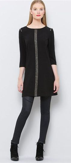 read about tunics and why they are the latest fashion trend for women over 40 50 60 (Top Fashion Trends) Sixties Fashion, 60 Fashion, Over 50 Womens Fashion, Fashion Over 50, Fashion Tips For Women, Latest Fashion Trends, Winter Fashion, Fashion Bloggers, Chic Outfits