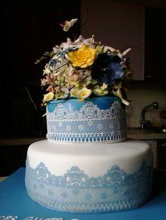 Geburtstagstorte blau-weiß