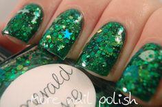 Lynnderella Emerald Hope over Picture Polish Kryptonite