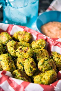 Bake these kid-approved, veggie-filled tots and dip in a homemade ketchup! Zucchini Tots, Bake Zucchini, Paleo Recipes, Cooking Recipes, Candida Recipes, Paleo Kids, Homemade Ketchup, Keto, Paleo Whole 30