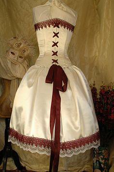 Alice inspired wedding dress, very unique!