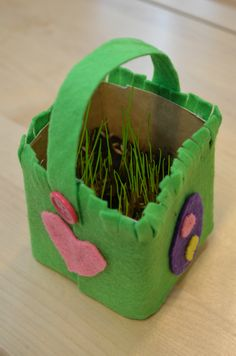 Kuvis ja askartelu - www.opeope.fi Easter Art, Easter Crafts For Kids, Tetra Pak, Diy And Crafts, Christmas Crafts, Projects To Try, Bricolage, Crafts, Easter Activities