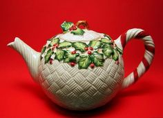 Christmas Teapot - Basketweave