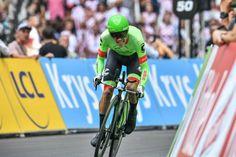 Rigoberto Urán en route to second overall at the Tour de France
