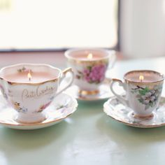 Time for tea! Tea party DIY ideas & tutorials like these gorgeous vintage teacup candles