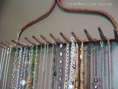 A Farm Tool Necklace Hanger . I think I would paint & cut off the handle Handmade Jewelry Findings, Diy Jewelry, Purple Jewelry, Necklace Hanger, Necklace Storage, Farm Tools, Rustic Jewelry, Vintage Jewelry, Jewelry Armoire