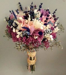 Bouquet - Care - Skin care , beauty ideas and skin care tips Dried Flowers, Fresh Flowers, Beautiful Flowers, Cheap Wedding Flowers, Wedding Bouquets, Flower Bouquets, Gypsophila Bouquet, Hydrangea Bouquet, Bouqets