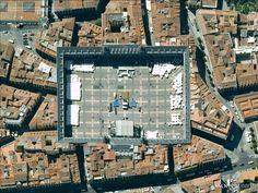 "Plaza Mayor, Madrid, Espagne / Spain 40°24'55.29""N  3°42'26.73""W"