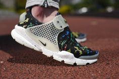 official photos 8c790 91512 49 Best WMNS Nike Sock Dart images in 2018 | Nike men, Sock ...