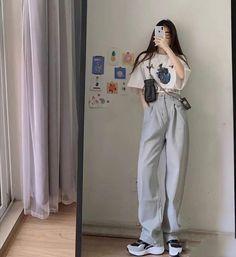 Korean Girl Fashion, Korean Fashion Trends, Ulzzang Fashion, Korean Street Fashion, Kpop Fashion Outfits, Cute Fashion, Asian Fashion, Korean Casual Outfits, Korean Outfit Street Styles