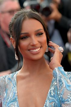 "Jasmine Tookes Photos - Jasmine Tookes attends the screening of ""The Traitor"" during the annual Cannes Film Festival on May 2019 in Cannes, France. - 'The Traitor' Red Carpet - The Annual Cannes Film Festival Most Beautiful Faces, Beautiful Smile, Beautiful Black Women, Beautiful People, Big Nose Beauty, Hair Beauty, Tokyo Fashion, Cannes Film Festival, Alexa Chung"