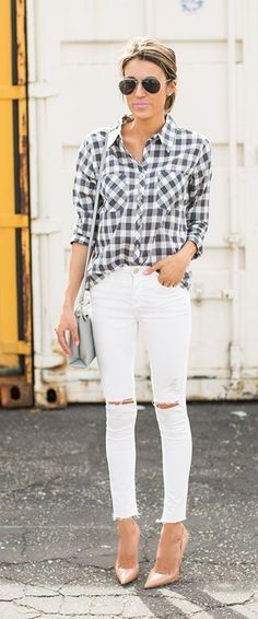 Trust us, the white skinny jeans will be your new favorite this Spring.