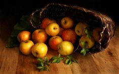 Still Life Photos, Amazing Art, Pear, Projects To Try, Fruit, Photography, Apples, Nice, Vintage