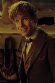 Eddie Redmayne Is the Wizarding World's New Hero in this Fantastic Beasts and Where to Find Them Featurette