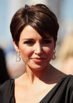 Side Parted Short Hairstyle for Thin Hair